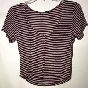 Brandy Melville maroon & gray button cropped shirt
